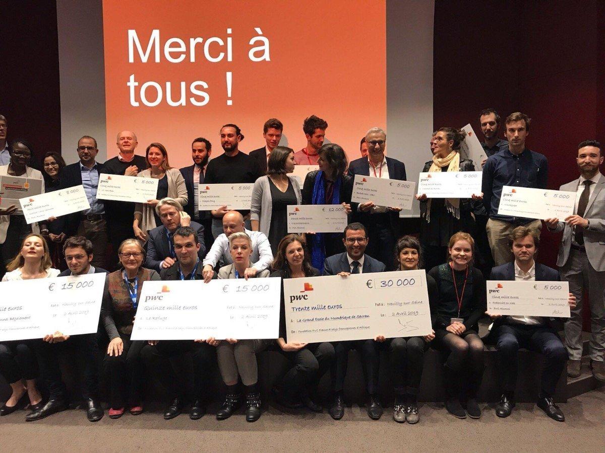 En 2018, Le Vent Bleu est lauréat du prix «Votre projet / Notre projet» de la Fondation d'entreprise PwC.